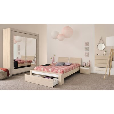 Mallow Platform Customizable Bedroom Set