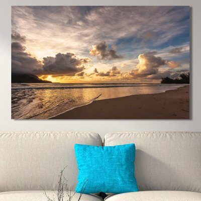 'Sunset in Hanalei Bay' Photographic Print on Wrapped Canvas Size: 18