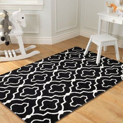 Trellis Black Area Rug Rug Size: 4 x 6