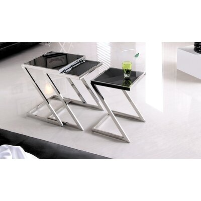 Halo Nesting Tables