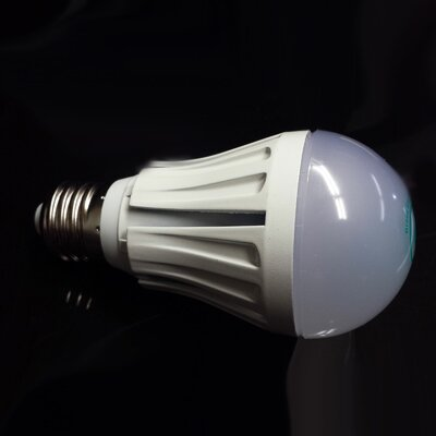 LED Light Bulb Wattage: 5W, Bulb Temperature: 2700K
