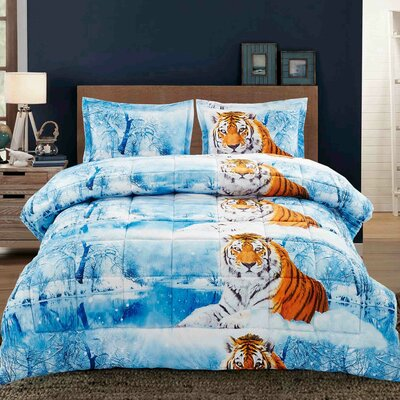 Winter Scape Comforter Set Size: King