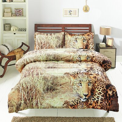 The Wild Comforter Set Size: Queen