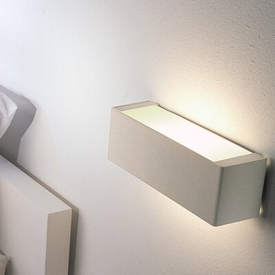 Box Ceiling or Wall Light Size / Bulb Type / Finish: 24.625 / Fluorescent / Brushed Steel
