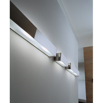 Box Ceiling or Wall Light Size / Bulb Type / Finish: 12 / Fluorescent / White