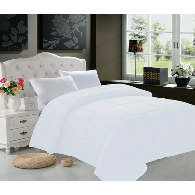 All Season Down Alternative Comforter Size: King/California King
