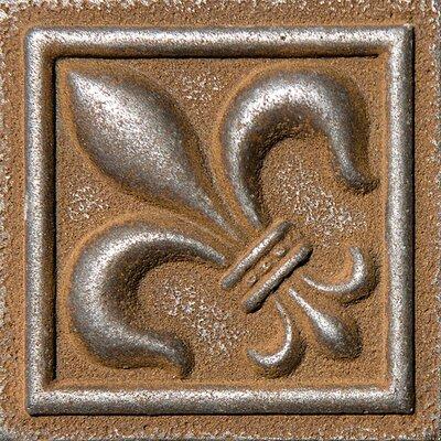 2 x 2 Fleur De Lis Deco Accent Tile in Rust