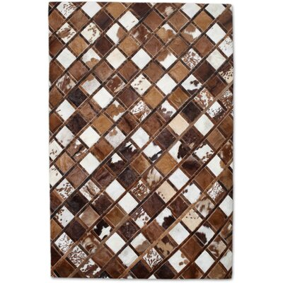 Brown/White Area Rug Rug Size: Rectangle 8 x 10