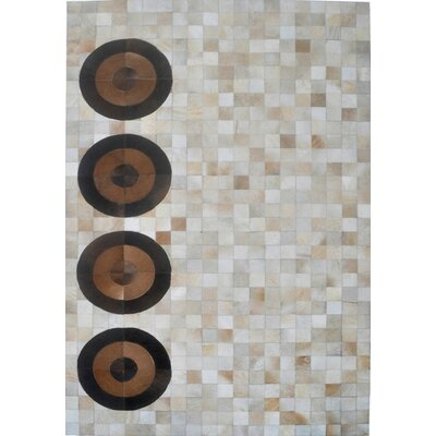 Beige Area Rug Rug Size: Rectangle 8 x 10