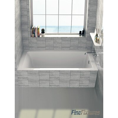 Alcove 32 x 66 Bathtub Drain Location: Right