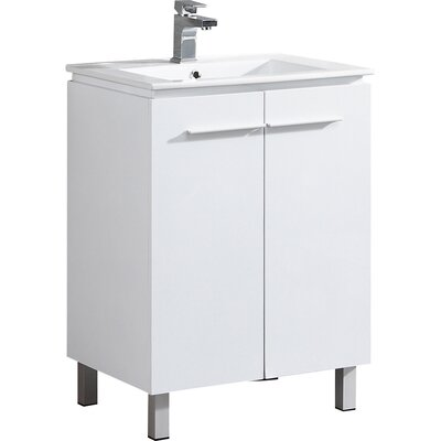 Greenpoint 24 Single Vanity Set Base Finish: White