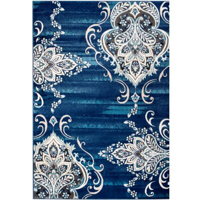 Chatham Blue Area Rug Rug Size: 7'4'' x 10'6''
