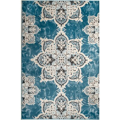 Chatham Light Blue Area Rug Rug Size: 3'8'' x 5'