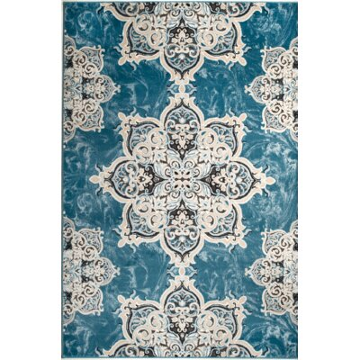 Chatham Light Blue Area Rug Rug Size: 74 x 106