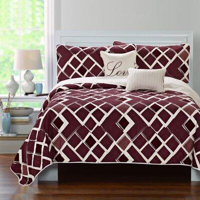 Merlot Cottage 5 Piece Quilt Set Size: King