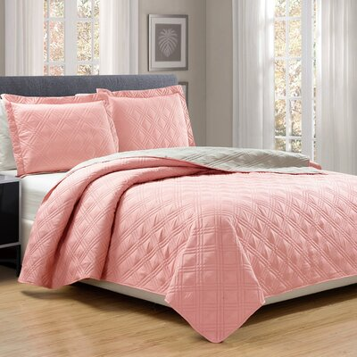 3 Piece Reversible Quilt Set Size: Queen, Color: Coral/Camel