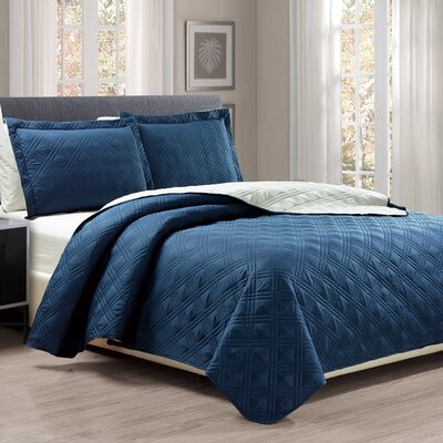 3 Piece Reversible Quilt Set Size: Queen, Color: Navy/Gray
