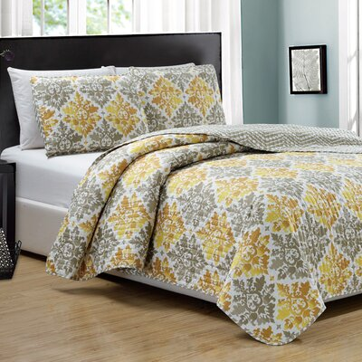 Mystique 3 Piece Reversible Quilt Set Size: King