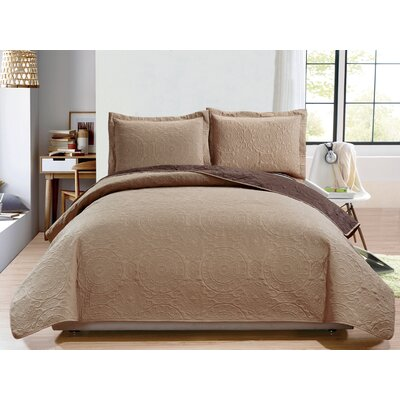Altnahinch 3 Piece Reversible Quilt Set Size: King, Color: Taupe/Chocolate