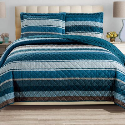 Haffenreffer 3 Piece Reversible Quilt Set Size: King