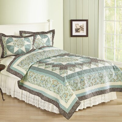 Brentwood Quilt Size: King