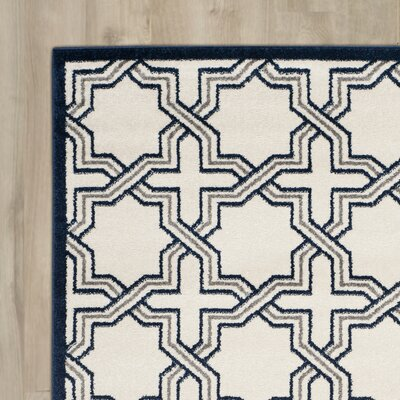 Harwington Ivory/Navy Indoor/Outdoor Area Rug Rug Size: 6' x 9'