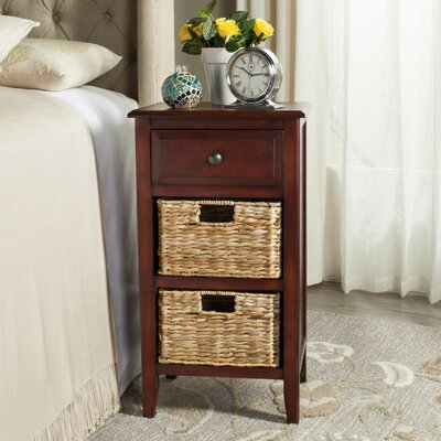 Small Point End Table Color: Cherry
