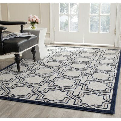 McArthur Ivory/Navy Indoor/Outdoor Area Rug Rug Size: 5 x 8