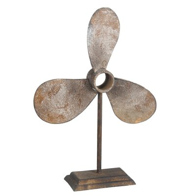 Decorative Propeller Metal Sculpture Color: Rust