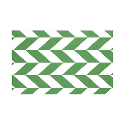 Calusa Geometric Print Throw Blanket Size: 60 L x 50 W, Color: Leaf (Green)