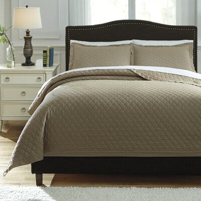 Harvey 3 Piece Quilt Set Size: Queen, Color: Sand