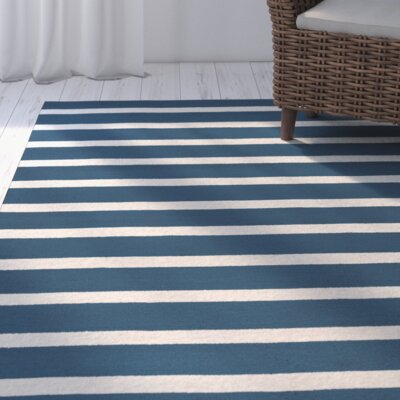 Lyndon Hand-Tufted Marine Blue Indoor/Outdoor Area Rug Size: Round 8