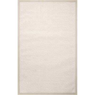 Kennett Seashell Indoor/Outdoor Area Rug Rug Size: 5 x 8