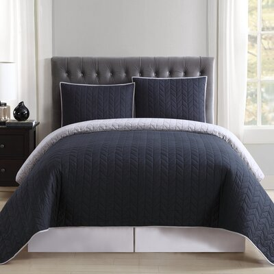 DeSoto Reversible Quilt Set Size: Full/Queen, Color: Black and Grey