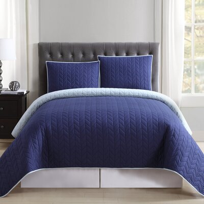 DeSoto Reversible Quilt Set Size: Full/Queen, Color: Navy and Light Blue