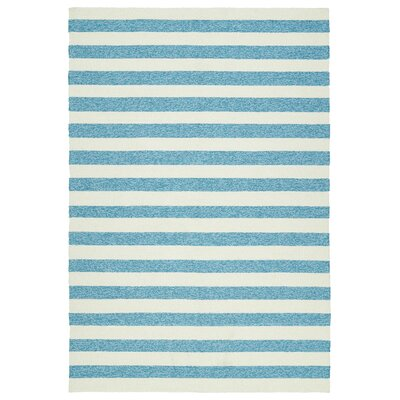 Suffield Hand-Tufted Blue Indoor/Outdoor Area Rug Rug Size: 5' x 7'6