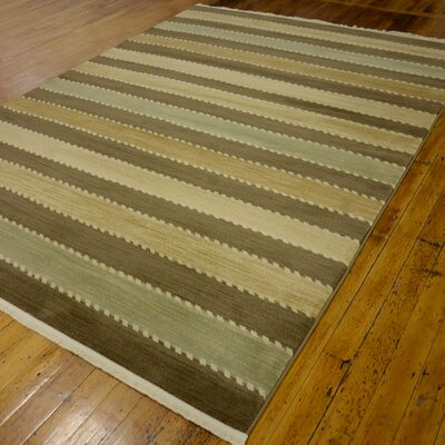Foxfield Brown Area Rug Rug Size: 7' x 10'