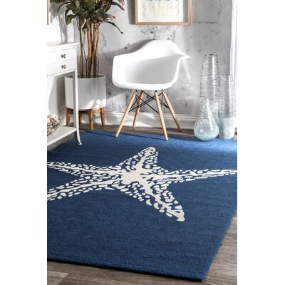 Dashiell Hand-Woven Navy Indoor/Outdoor Area Rug Rug Size: Rectangle 4 x 6
