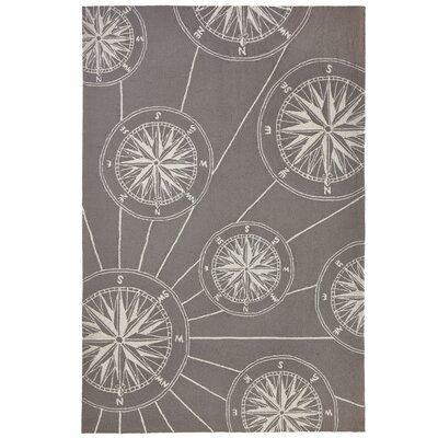Shelborne Compass Hand-Tufted Gray Indoor/Outdoor Area Rug Rug Size: Rectangle 5 x 76