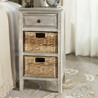 Small Point End Table Color: Vintage White