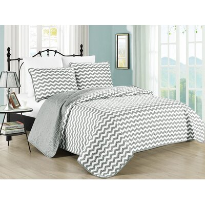 Zig Zag Quilt Set Size: Full/Queen