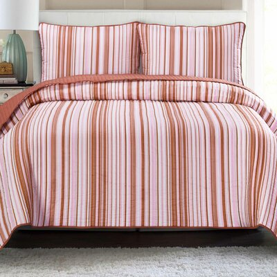 Quilt Set Color: Coral with Rose, Size: Full/Queen