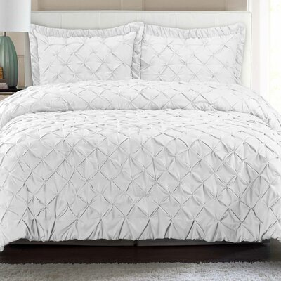 Quilt Set Color: White, Size: Full/Queen