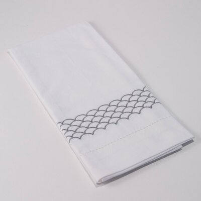 Scallop Hemstitch Hand Towel (Set of 4) Color: White / Gray