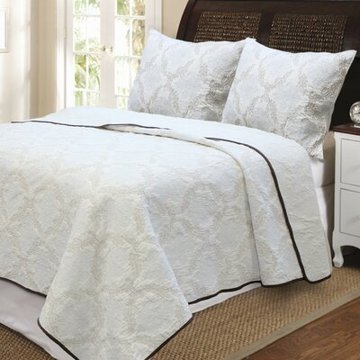 Elizabeth Embroideried 3 Piece Quilt Set Color: Blue/Brown