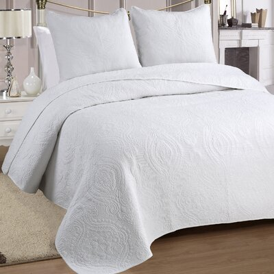 Medallion 3 Piece Quilt Set Size: Full / Queen