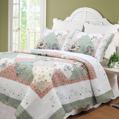 Celia Quilt Set Size: Full/Queen