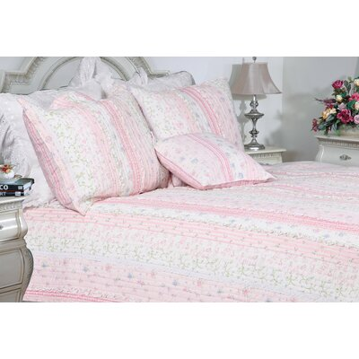 Romantic Chic Lace Quilt Collection