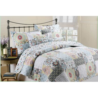 Moorea 3 Piece Quilt Set Size: King