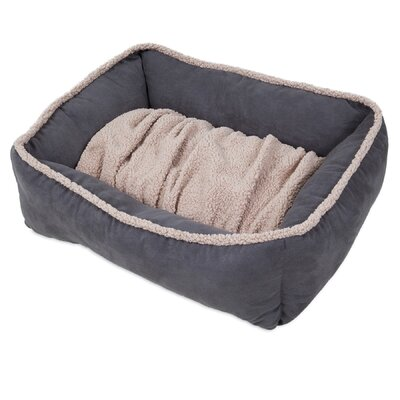 Shearling Lounger Dog Bed Size: 30 L x 24 W